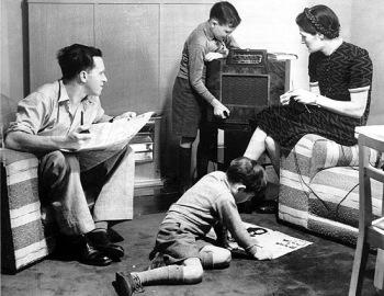 Class39_FamilyRadio