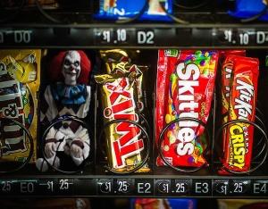 clown-vending